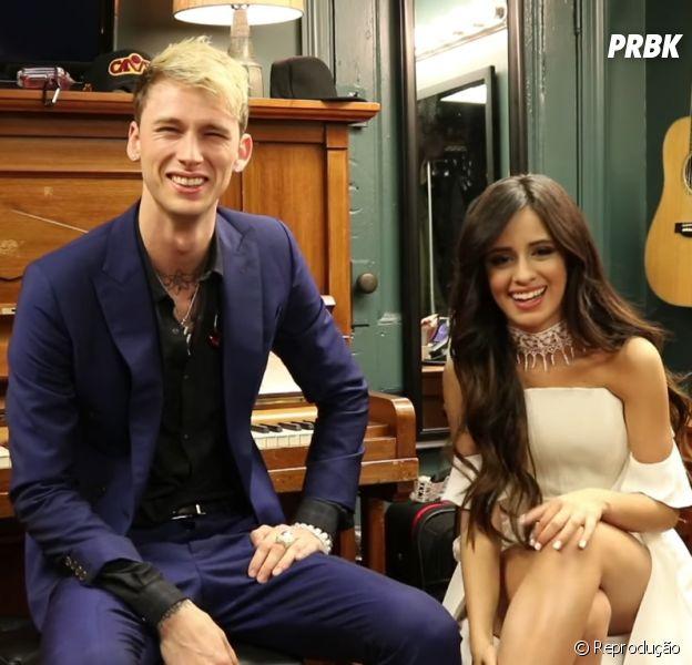 "Camila Cabello, do Fifth Harmony, canta ""Bad Things"" com Machine Gun Kelly no programa de Jimmy Fallon"