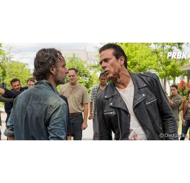 """Em """"The Walking Dead"""": na 7ª temporada, Negan (Jeffrey Dean Morgan) pode sofrer ataque no retorno da série!"""