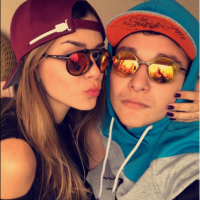 "MC Gui posa ao lado de Luiza Cioni e publica no Instagram: ""Casal problema!"""