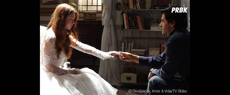 """Thales (Ricardo Tozzi) vai publicar o livro em homenagem à Nicole (Marina Ruy Barbosa) em """"Amor à Vida"""""""
