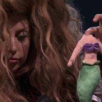 """Lady Gaga cancela dois shows por doença e 'culpa' vilã de """"A Pequena Sereia"""""""