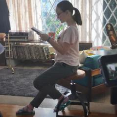 "Larissa Manoela publica foto nos bastidores de ""Meus 15 Anos"" e recebe elogios!"