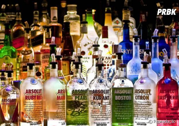 Para dominar os processos de produção de bebidas o profissional deve conhecer tanto a matéria prima tanto como engarrafar uma bebida