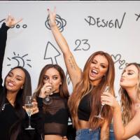 """Little Mix dá conselho para nova girlband produzida por Louis Tomlinson: """"Apenas sejam amigas"""""""