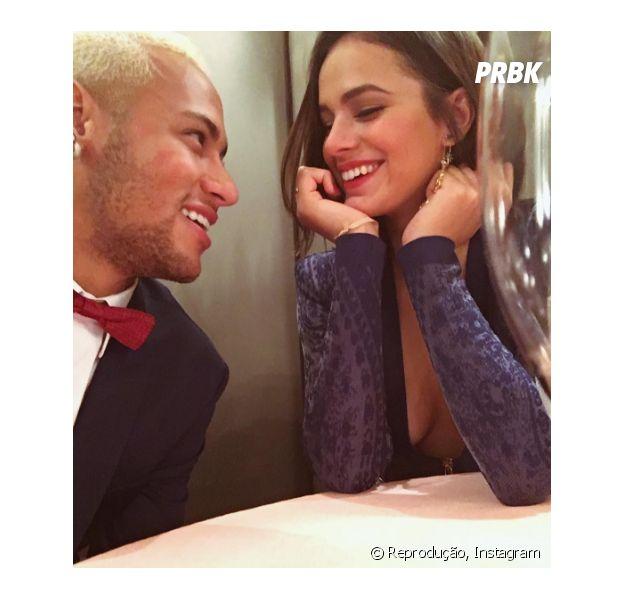 Assim como Bruna Marquezine e Neymar Jr., fique no maior love com seu crush!