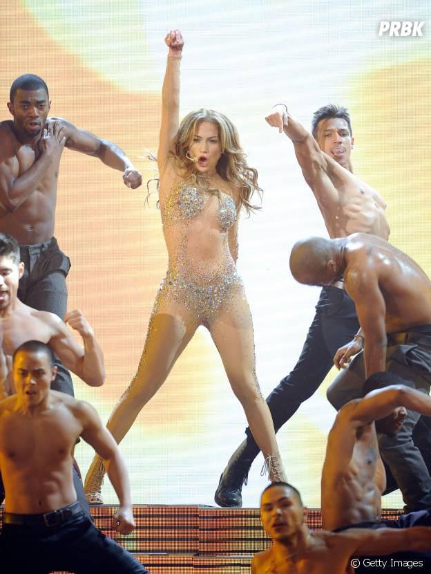 Jennifer Lopez desembarca em São Paulo nesta quarta-feira (11)