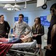 """Todos ficam preocupados com Kara (Melissa Benoist) no último episódio exibido de """"The Flash"""""""