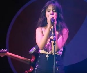 "Camila Cabello canta no Summer Bash sua música preferida do álbum solo: ""I'll Never Be the Same"""