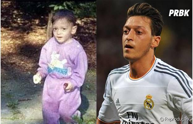 A marca registrada de Özil sempre foram os seus olhos!