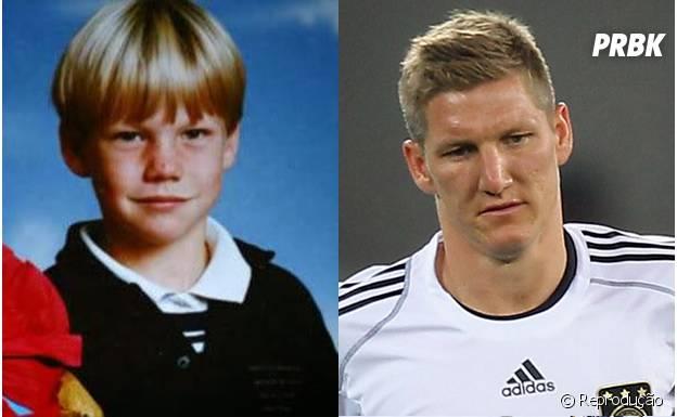 Schweinsteiger com cabelo grande quando era criança