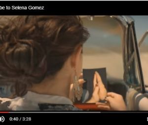 "Clipe da Selena Gomez & The Scene de ""A Year Without Rain"""