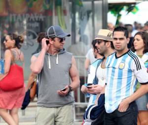 O ator Gerard Butler também veio assistir aos jogos da Copa e ainda foi ao Fifa Fan Fest no Rio