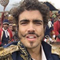 """Final """"Novo Mundo"""": Caio Castro se emociona após Independência do Brasil e agradece fãs"""