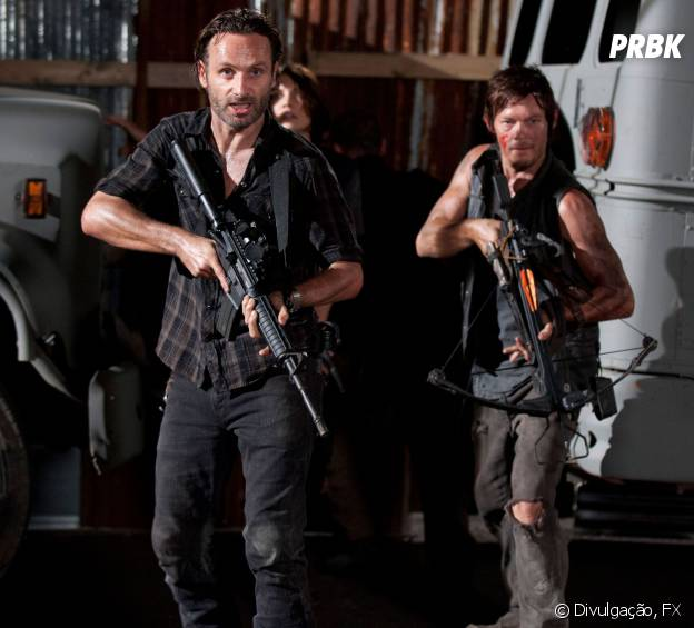 """Norman Reedus (Daryl Dixon) e Andrew Lincoln (Rick Grimes) vão fazer suas típicas brincadeiras na bancada de """"The Walking Dead"""""""