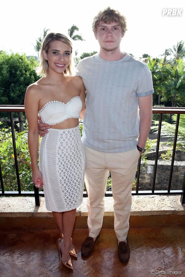 """Emma Roberts e Evan Peters são algumas das estrelas que falarão um pouco mais da 4ª temporada de """"American Horror Story"""""""