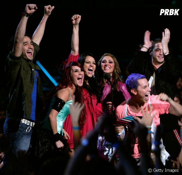 RBD completa 13 anos e Dulce Maria, Christian Chavez e Anahi comemoram data!
