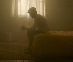 "Niall Horan mostra lado intimista no clipe de ""Too Much To Ask"""