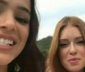 """Bruna Marquezine e Marina Ruy Barbosa, que gravaram juntas vinheta da Globo, vão contracenar na novela """"Deus Salve O Rei"""""""