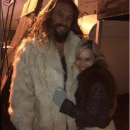 """De """"Game of Thrones"""", Emilia Clarke e Jason Momoa se reencontram e fãs surtam!"""
