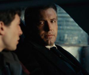 """Em """"Liga da Justiça"""", Batman de Ben Affleck está mais bem humorado!"""