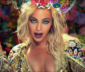 Beyoncé é a cantora mais rica de 2017. Segundo a Forbes, a popstar arrecadou£79 milhões (aproximadamente R$340 milhões) este ano