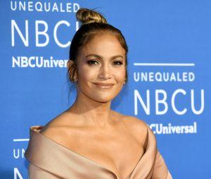 Jennifer Lopez arrecadou £28milhões(aproximadamenteR$120 milhões) em 2017, tornando-se a 4ª cantora mais rica do ano