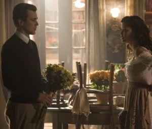 """Em """"Tempo de Amar"""", Vicente (Bruno Ferrari) pede Maria Vitória (Vitória Strada) em casamento"""