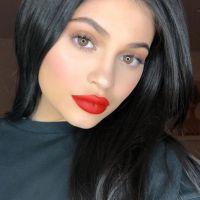 """Kylie Jenner comemora 100 milhões de seguidores no Instagram: """"Ainda não acredito"""""""