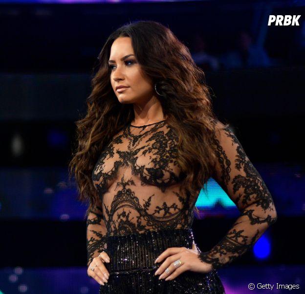 Demi Lovato e as 20 melhores fotos da cantora para usar de capa no Facebook!