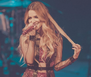 Chegou a hora de coroar Manu Gavassi como dona do pop brasileiro