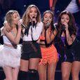 """Little Mix lança clipe de """"Nothing Else Matters"""" e dedica aos fãs"""
