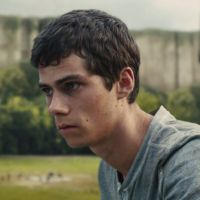 """Maze Runner - Correr ou Morrer"": Dylan O'Brien surge no primeiro clipe do filme"