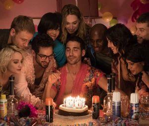 """Sense8"" terá episódio final satisfatório, diz ator Naveen Andrews"