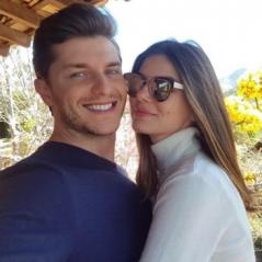 "Camila Queiroz e Klebber Toledo organizam casamento após final de ""Pega Pega"""