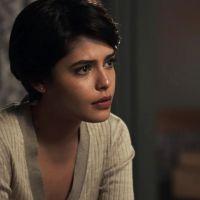 """Novela """"O Outro Lado do Paraíso"""": Adriana (Julia Dalavia) fará cirurgia por conta de possível câncer"""