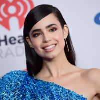 """Pretty Little Liars: The Perfectionists"": Sofia Carson está ""honrada"" por participar do spin-off!"