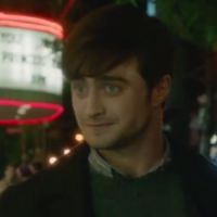 """Daniel Radcliffe discute sobre amor em cena da comédia romântica """"Será Que?"""""""