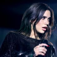 Dua Lipa cancela shows com Bruno Mars por causa de dor forte. Entenda