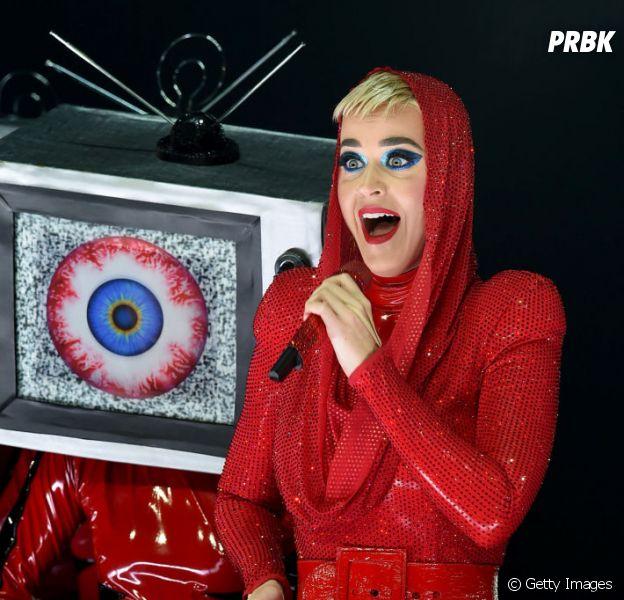 """Katy Perry faz primeiro show da """"Witness: The Tour"""" no Brasil!"""