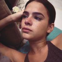 """Bruna Marquezine chora assistindo """"This Is Us"""": """"Vou parar de assistir"""""""