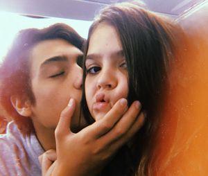 Mel Maia, de 13 anos, está namorando pela primeira vez. Erick Andreas é o nome do eleito!
