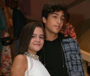 Namorando pela primeira vez aos 13 anos, Mel Maia já leva Erick Andreas a eventos
