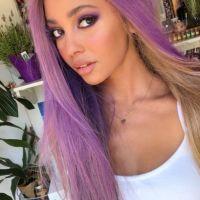 "De ""Riverdale"": Vanessa Morgan, a Toni Topaz, muda o visual e aparece de cabelo roxo"
