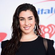 Lauren Jauregui, do Fifth Harmony, revela que seu primeiro CD solo está pronto!