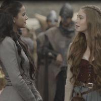 """Novela """"Deus Salve o Rei"""": Amália humilha Catarina após perder a paciência com a vilã!"""