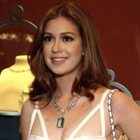 Marina Ruy Barbosa surge em evento de moda com joias de quase R$ 2 milhões
