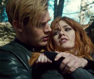 "Katherine McNamara fala sobre Clary e Jace no final de ""Shadowhunters"""