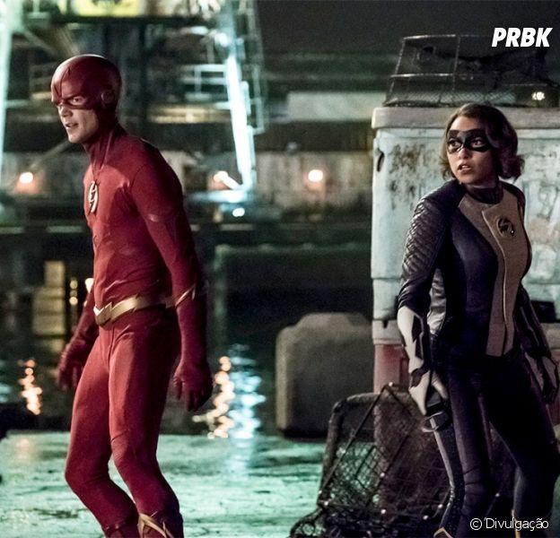 """Em """"The Flash"""", Barry (Grant Gustin) e Nora(Jessica Parker Kennedy) lutam contra Cicada em nova foto"""
