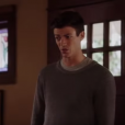 """Em """"The Flash"""", Barry (Grant Gustin) se assusta ao dar de cara com Nora (Jessica Parker Kennedy)"""