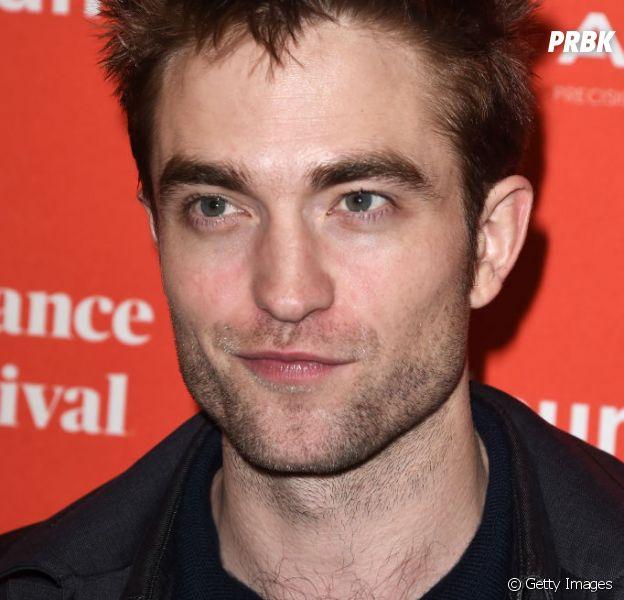 """Robert Pattinson brinca e diz que está preparado para gravar continuação de """"Crepúsculo"""""""